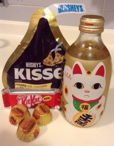 I'm either going to finish this project or get diabetes. Maneki Neko, guide me! (photo by therockmom)